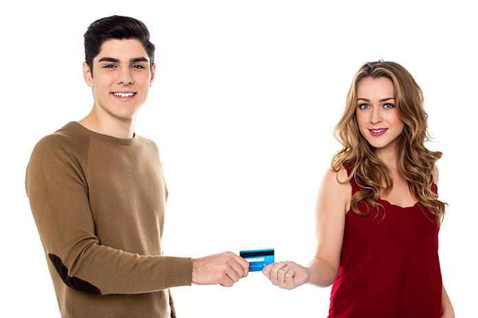 Na co zwrócićuwagę udzielając pożyczki w rodzinie lub znajomym?
